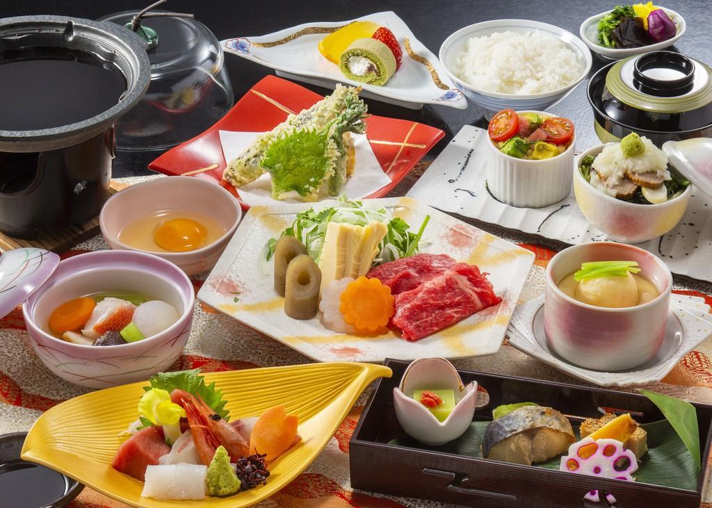四季会席。三崎港直送マグロはもちろん、旬の魚介やお肉など充実のお料理♪(12〜1月・イメージ)