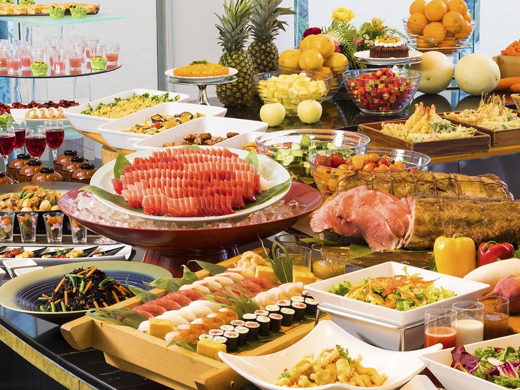 三崎マグロも新鮮な三浦野菜も食べ放題!20:30〜のディナーバイキング(イメージ)