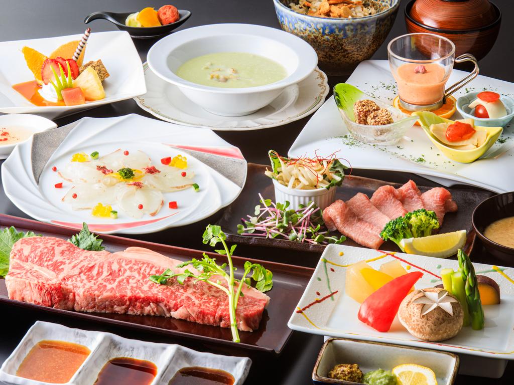 家族揃ってちょっぴり贅沢♪お肉も野菜も大満足の鉄板焼き・和牛コース(大人メニュー・イメージ。季節により内容は変わります)