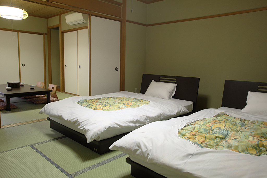 One of the guest rooms - Tatami room