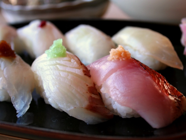 「館山名物の地魚鮨!」を存分にお楽しみください