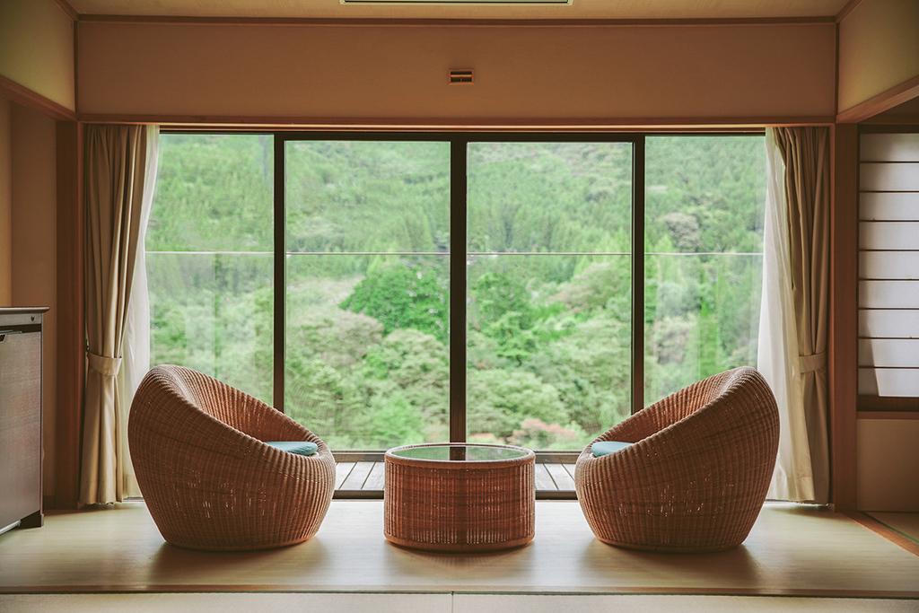 お部屋は全室66平米、リバーフロントの眺望をお楽しみ頂けます。