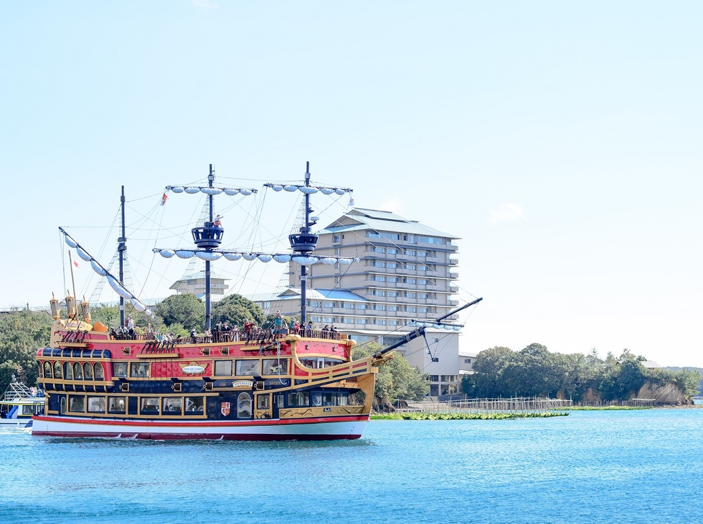 あご湾遊覧船(大型船「エスペランサ」)