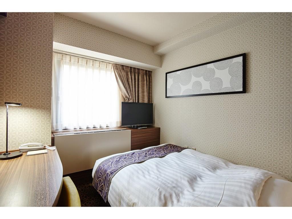 スタイリッシュな内装のシングルルーム  (10.5平米・ベッド幅140cm)
