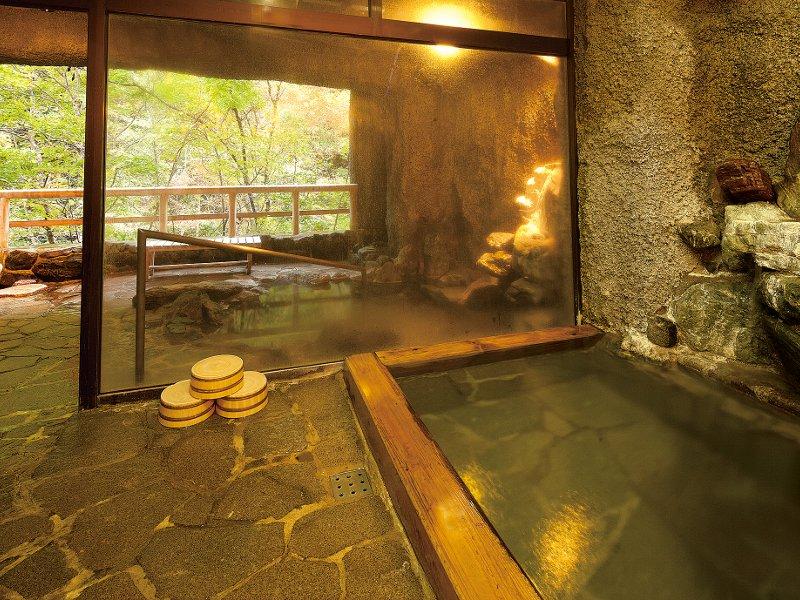 湯西川温泉の自然を一望♪貸切風呂一回(45分)無料サービス付