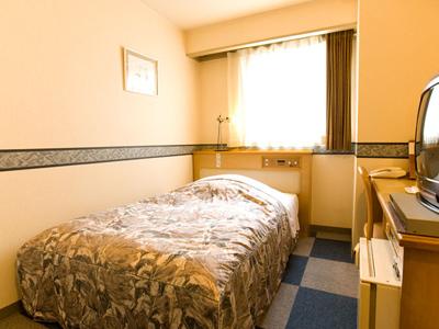 シングルルーム/セミダブルベッドのお部屋