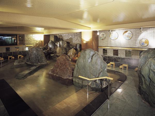 大浴場「滝見の湯屋」(内湯)