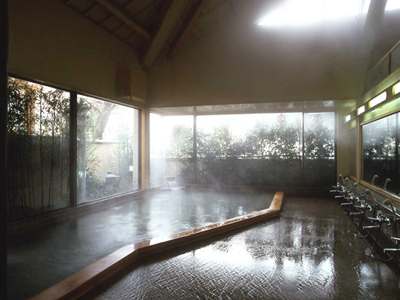 大浴場/湯量豊富な箱根の温泉です