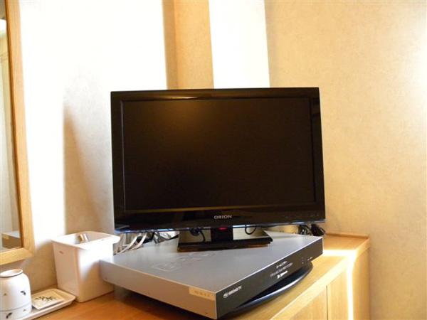 お部屋の液晶テレビ
