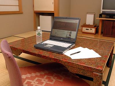 広い机でお仕事はいかがですか?