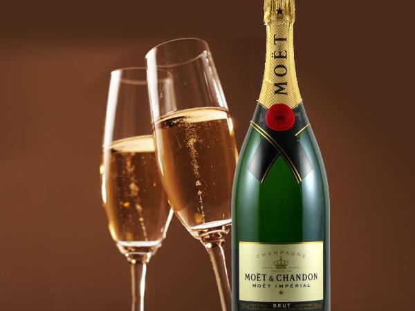 特別な日の乾杯は 世界中で愛されているシャンパンで!