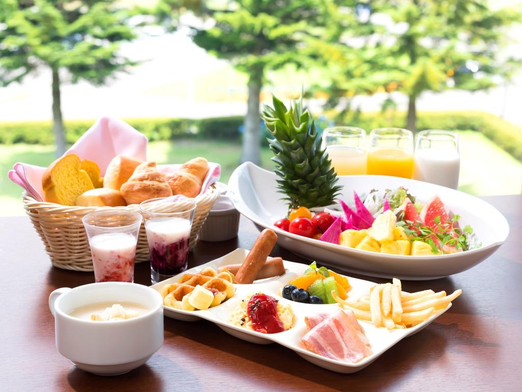 朝食バイキング いっぱい食べて元気をチャージ♪