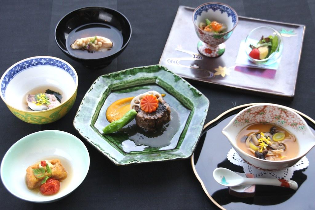 日本料理 野尻湖御膳 *イメージ