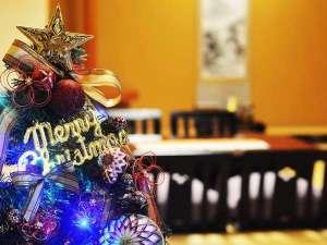 お部屋にクリスマスツリーご用意します。