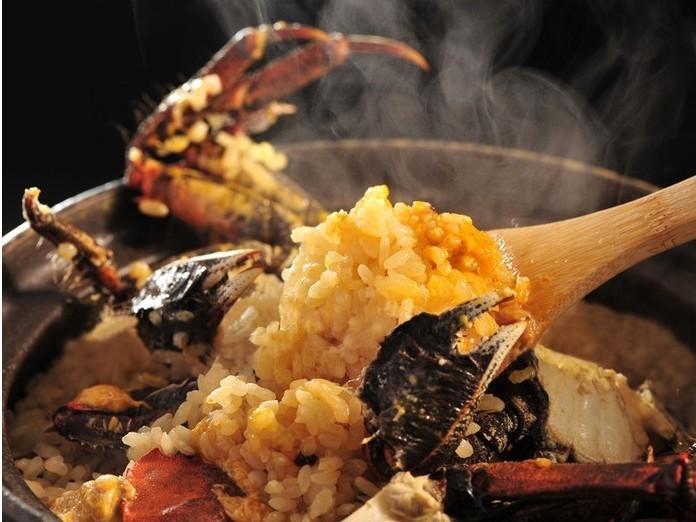 もくず蟹の土鍋ご飯