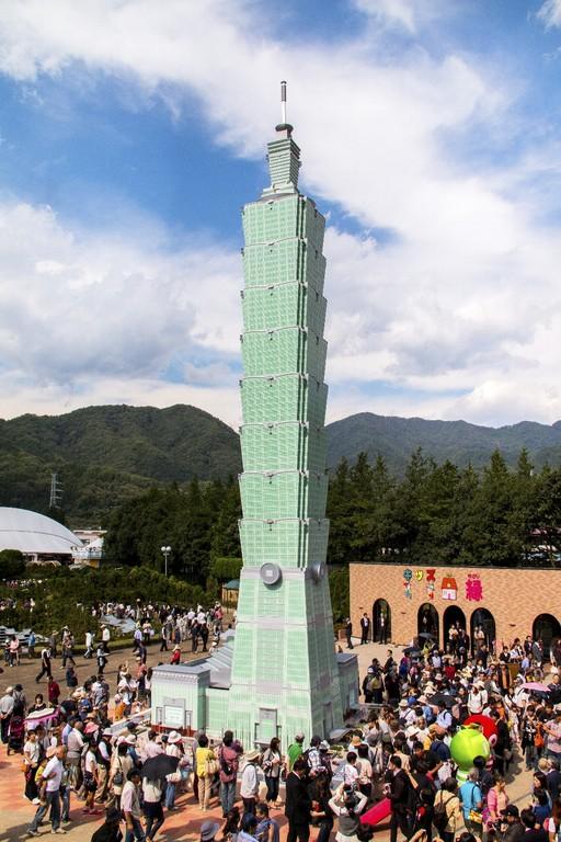 *台湾の「台北101」を25分の1の縮尺にて製作!