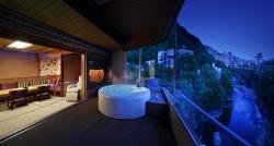新・客室には、専用展望風呂が付いてます。※客室によってお風呂のタイプが異なります。