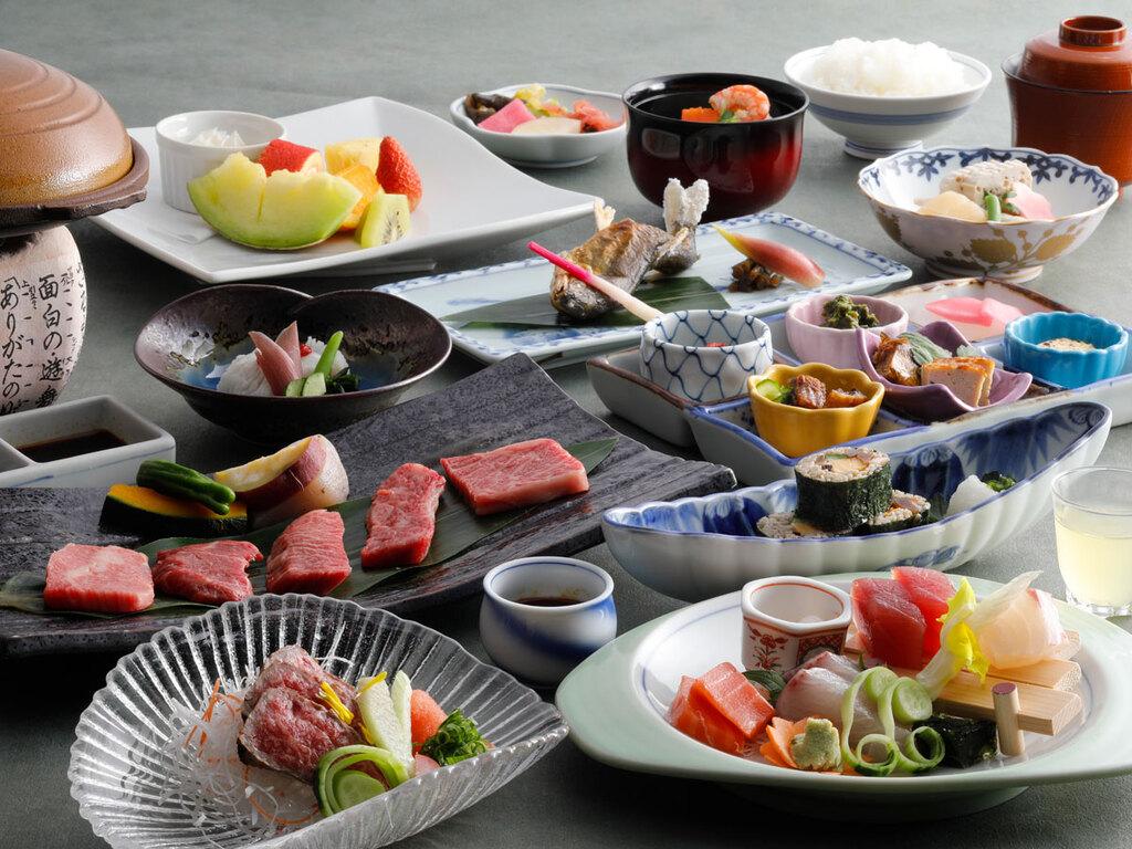 日本料理「緑亭」特選会席(一例)