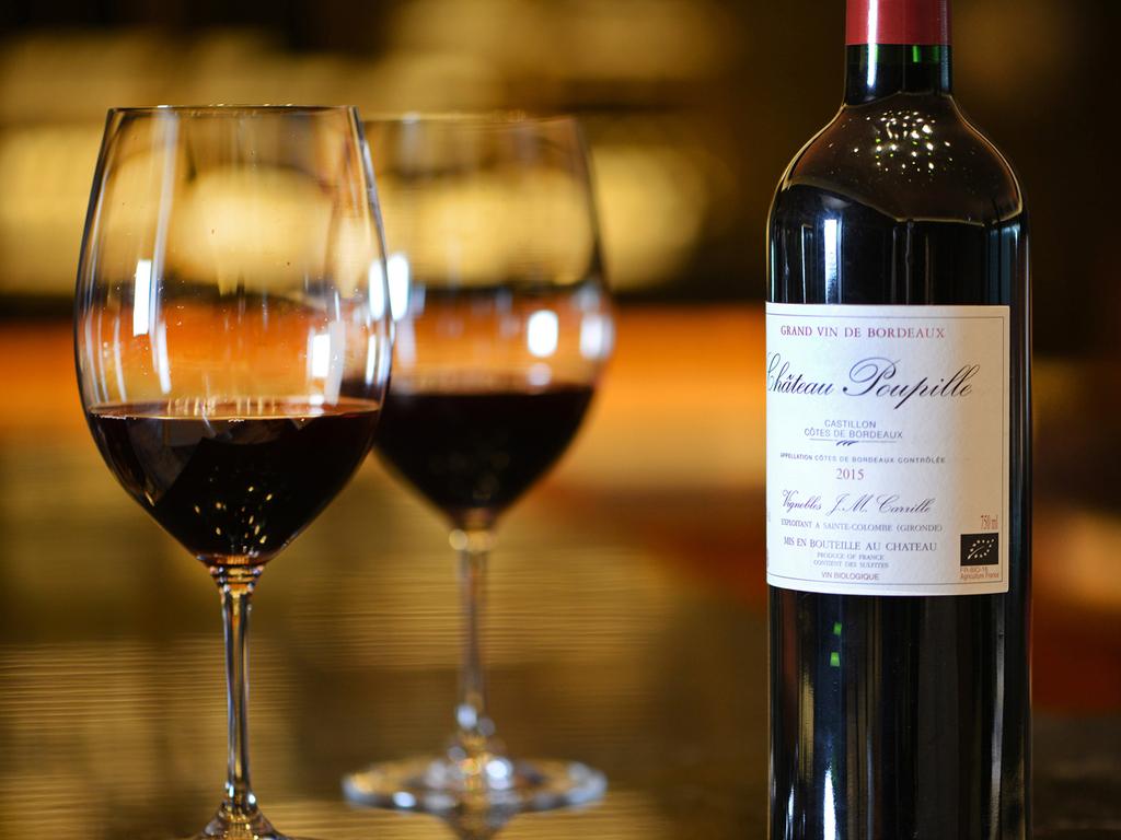 最上級のフルコースははソムリエセレクトワインとともに・・・
