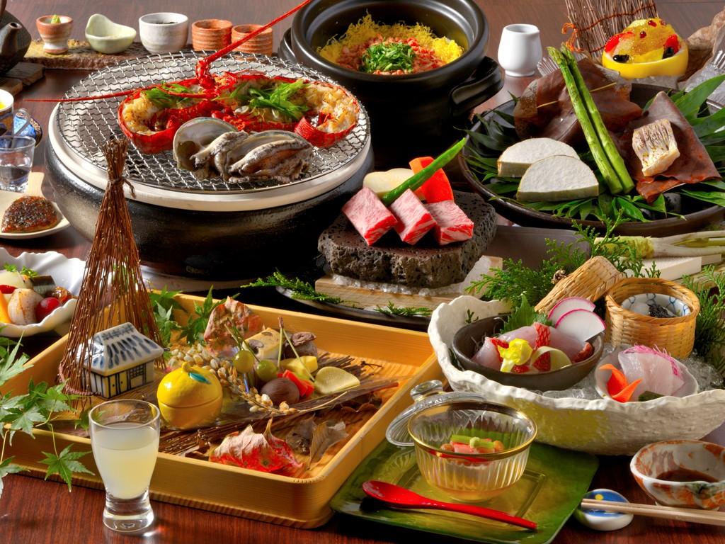ご夕食は伊豆の豪華四大美味「伊勢海老・アワビ・金目鯛・静岡産ブランド牛ふじやま牛」をご堪能!