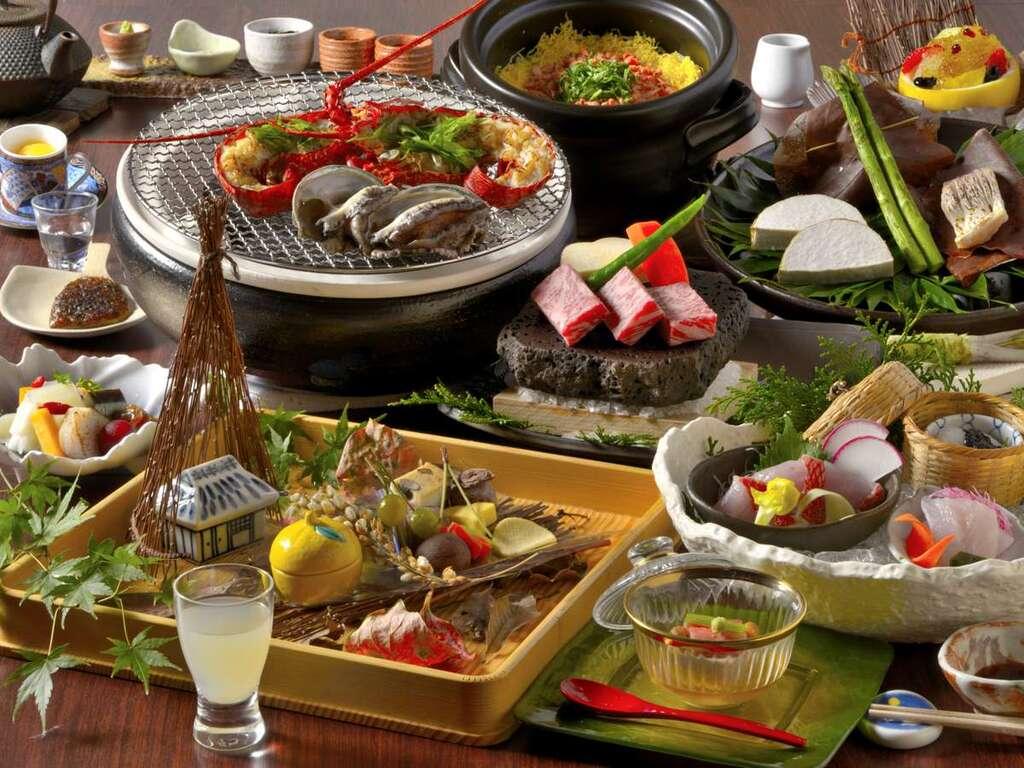 スタンダードプランの豪華四大美味に伊東産の猪肉を加えた、伊豆の味覚をご堪能いただける夕食のプラン