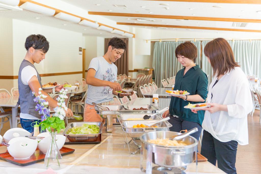 ★ご朝食はセンターハウス2階レストランにて★