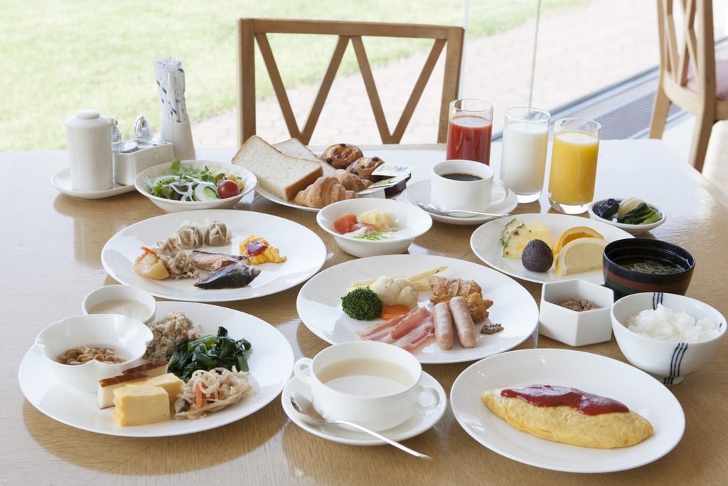 ご朝食は和洋バイキングをお楽しみください♪