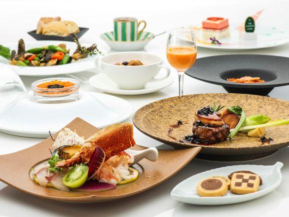 佐賀牛をメインに、高級食材を集めたホテル最上級コースをご用意いたします。