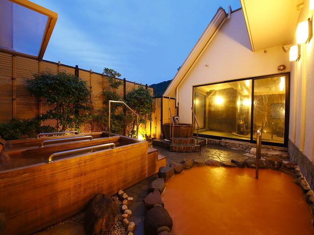展望露天風呂からは有馬温泉が一望できます。