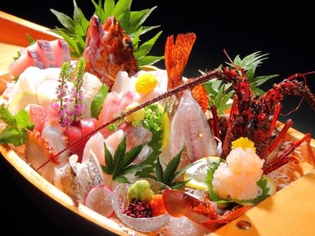 網元自慢の新鮮地魚大漁舟盛り(一例)