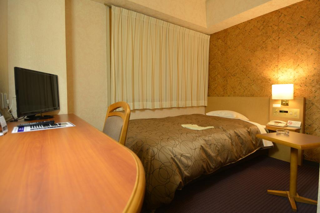 シングルルーム(11.5�u〜14�u) 朝食付 無線LAN リセッシュ完備 ※写真はイメージです