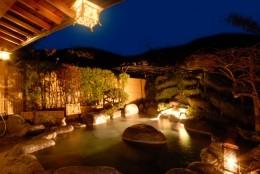 大人気の露天風呂の貸切2名50分1,000円