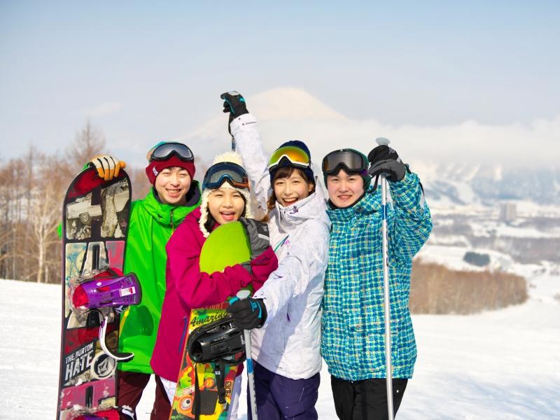 ≪みんなで思いっきり雪を楽しんで≫<Br>スキー場は3山37コースと北海道最大級!