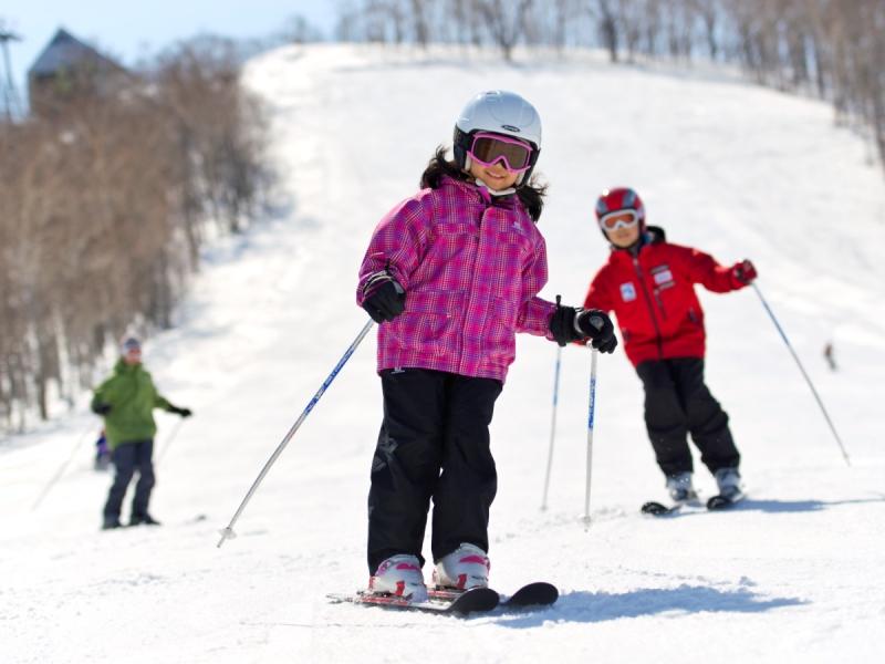 ≪楽しい家族旅行≫<br>雪はたくさん!いろんな雪だるま作っちゃおう。