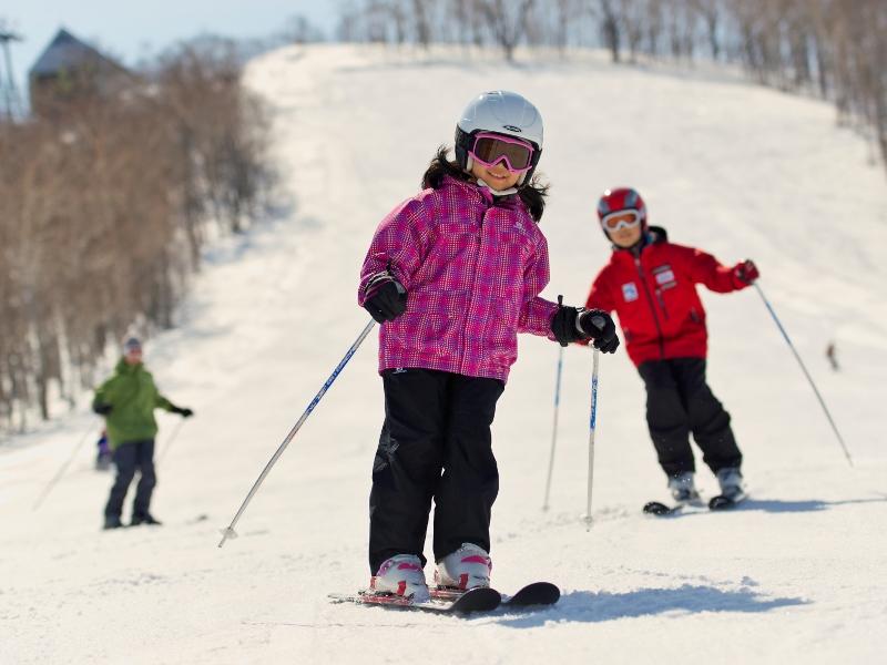 ≪楽しい家族旅行≫<br>雪と遊ぼう!滑ったり作ったり遊び方いろいろ♪
