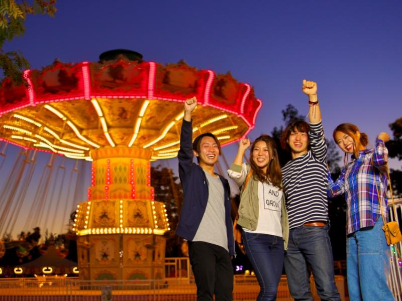 【ルスツリゾート遊園地】<br>ナイター営業は7/23〜8/19。キラキラロマンチック♪