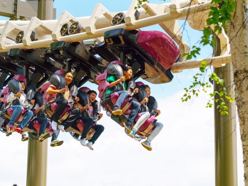 ≪ルスツリゾート遊園地≫ <br>こどもから大人まで楽しめるアイテム豊富♪写真はハリケーン