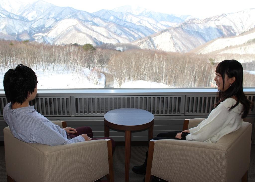 雪の絶景!最高のロケーションが全ての客室から楽しめます(画像:スーペリアツイン)