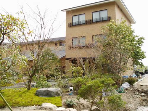 新館(日本庭園に面しております)