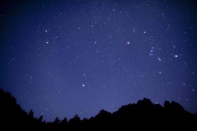 【渓谷の星空】特別な日の星空観測イベントです♪