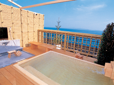 屋上貸切露天風呂「夢風泉」