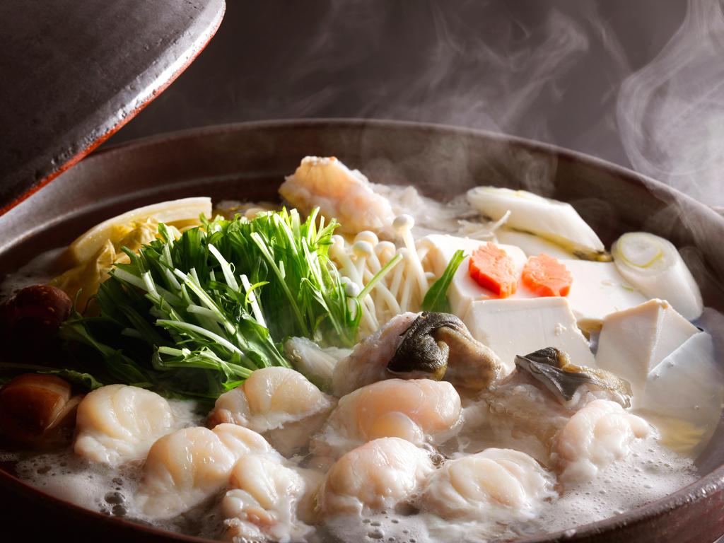 ぷりぷり感のたまらない淡路島3年とらふぐのてっちり鍋(イメージ)