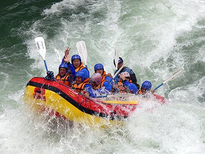 吉野川の激流に挑戦!