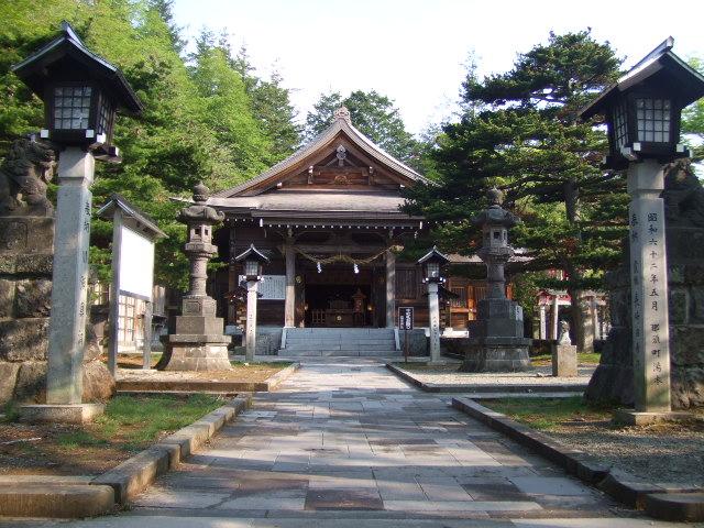 二年参りや初詣に那須温泉神社は徒歩3分