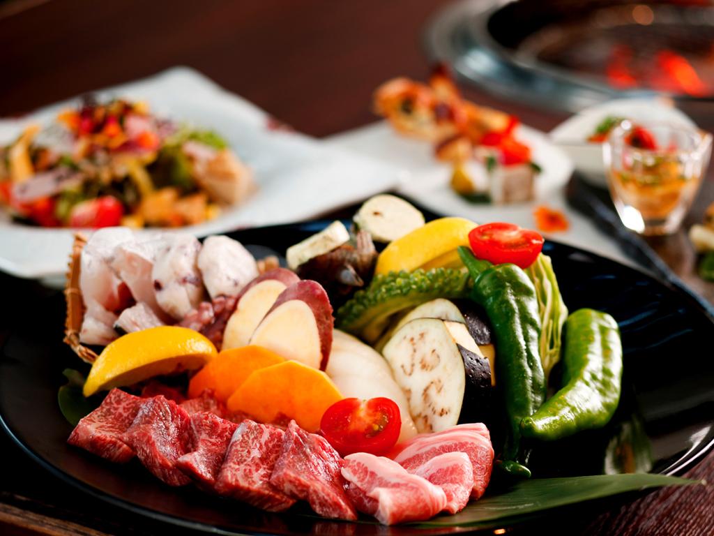豊かな自然が育む季節の食材を<br>お召し上がりください≪料理イメージ≫