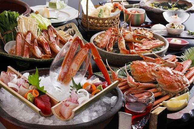 この季節だからこそ味わえる贅沢の極み。お好みのお酒とともにお楽しみ下さい。(イメージ画像は、造里・焼肴・酢の物・鍋物は2名様盛りイメージです。)