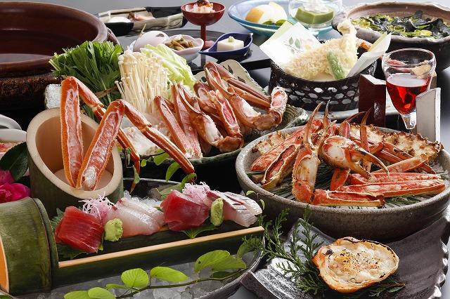 冬の味覚の王様「かに料理」をお楽しみ下さい。(イメージ画像は、造里・焼肴・鍋物は2名様盛りイメージです。)