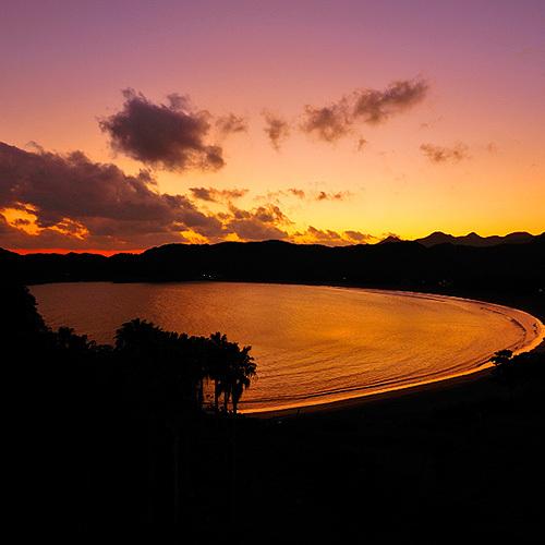 夕景の弓ヶ浜を・・・
