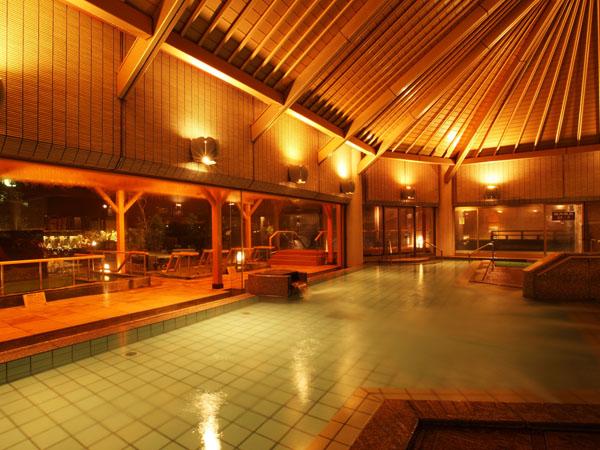 開放感のある広々とした大浴場内風呂