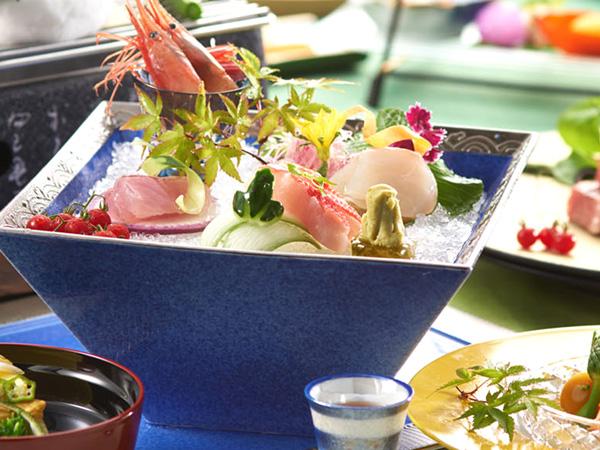 日本海の海の幸をご堪能下さいませ